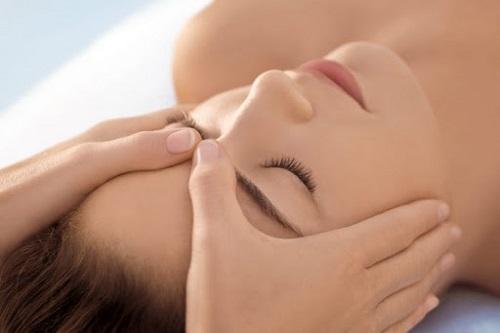 massage facial crânien